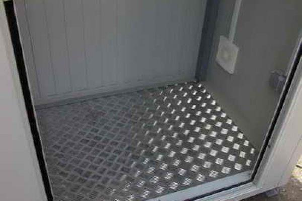 containere-modulare-10E11CE578-8218-DB74-990E-7340DFB3E650.jpg