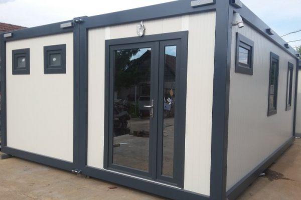 containere-modulare-03272689B2-8525-6FF8-B433-2CFBD061A916.jpg